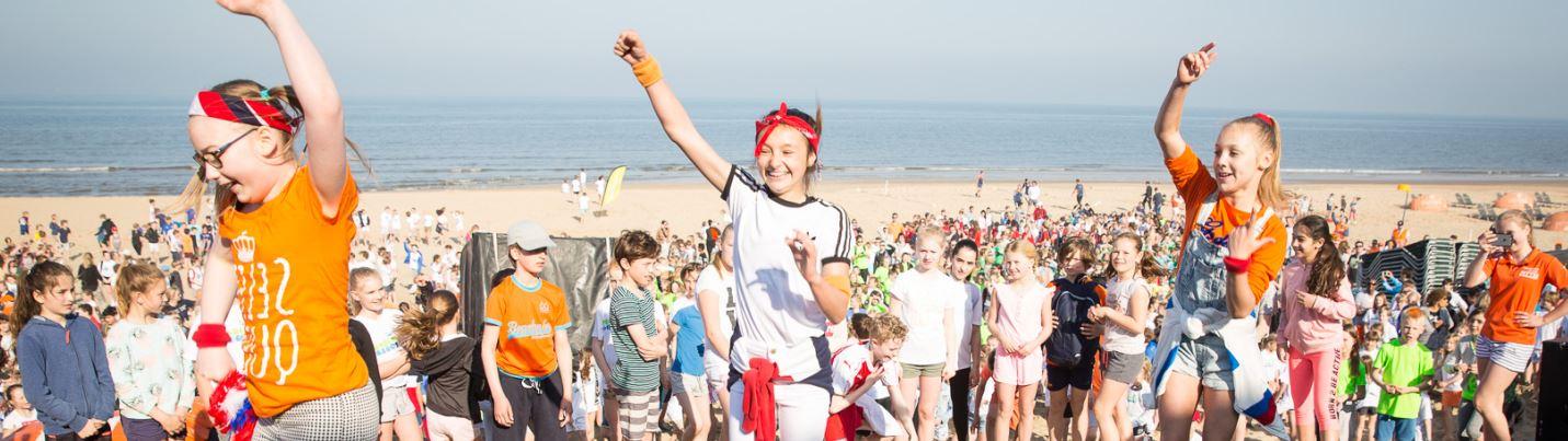 Ruim 1500 enthousiaste kinderen voor Koningsspelen op het stand in Bloemendaal