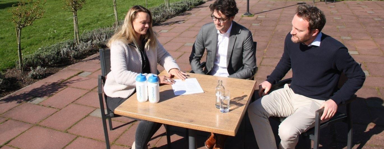 T.V. Overhout tekent Verklaring Gelijke Behandeling in de Sport